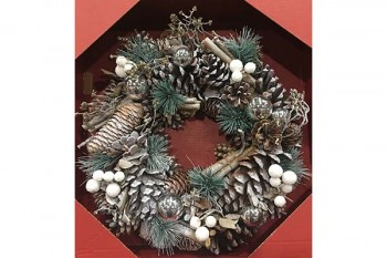 Artificial Christmas Wreaths from GT Sundries