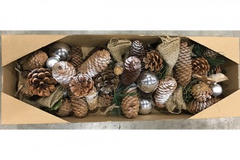 Christmas decorations and garlands from GT Sundries
