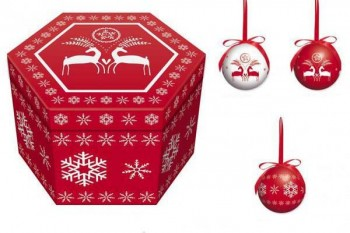Christmas baubles in presentation box from GT Sundries