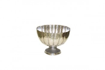 Silver bowl for table centrepieces at weddings and events from GT Sumdries