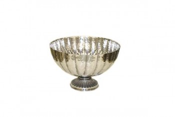 Silver bowl for wedding tables and flower arrangements from GT Sundries